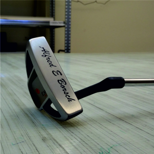 Lasergraverad golfklubba